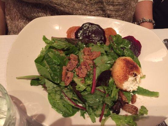 Atlantic Fish Company: Goat cheese salad