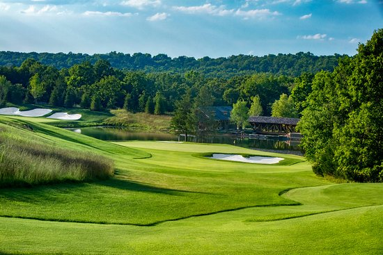 Hollister, MO: Buffalo Ridge Hole 7