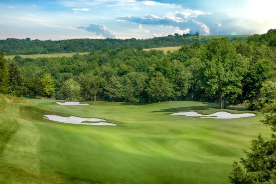 Hollister, MO: Buffalo Ridge Hole 13