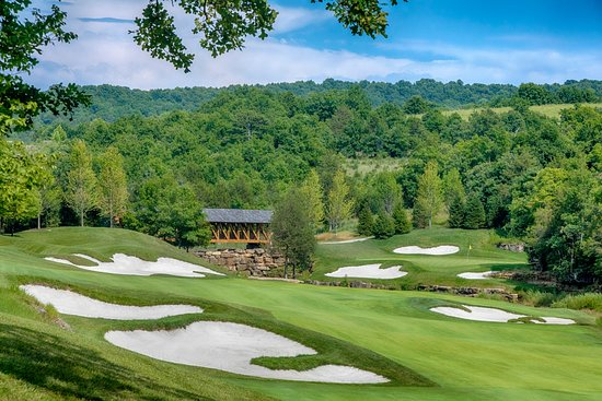 Hollister, MO: Buffalo Ridge Hole 14