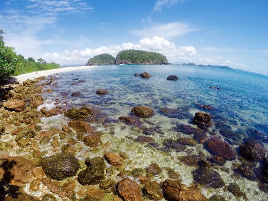 Atherton, Australia: The Barnard Islands