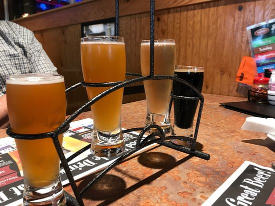 Mechanicsburg, PA: beer flight
