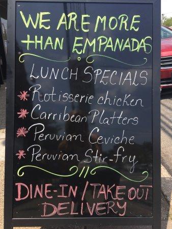 Rutherford, نيو جيرسي: We love Mambo Empanadas!