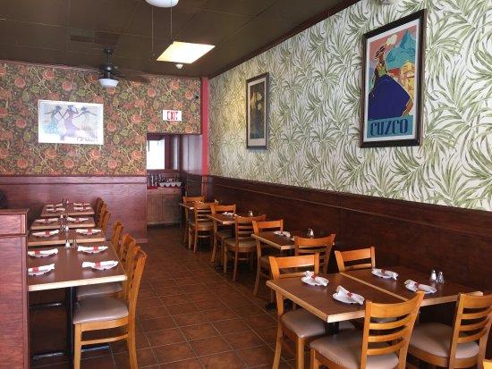 Rutherford, NJ: We love Mambo Empanadas!