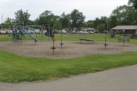 Roseville, Μίσιγκαν: THE PLAY GROUND AT HURON PARK