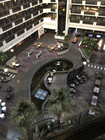 Embassy Suites by Hilton Las Vegas: photo1.jpg
