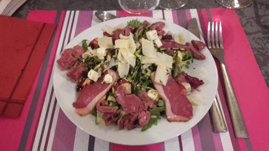 Montbard, Prancis: Salade landaise