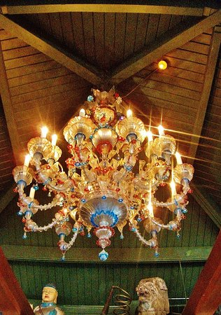 Gresham, OR: The Chandelier in the ceiling over the bar
