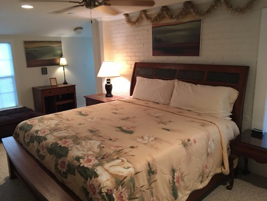 Seven Oaks Bed And Breakfast B Amp B Reviews Caldwell Tx