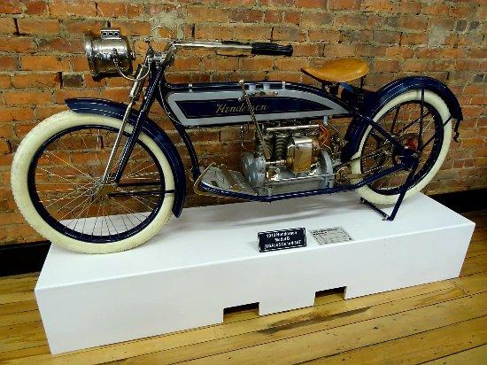 Invercargill, New Zealand: Classic motorbike