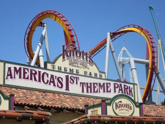 Buena Park, Kalifornien: Nicely themed amusement park