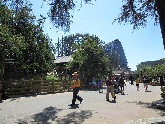 Buena Park, Kalifornien: Ghostrider wooden coaster