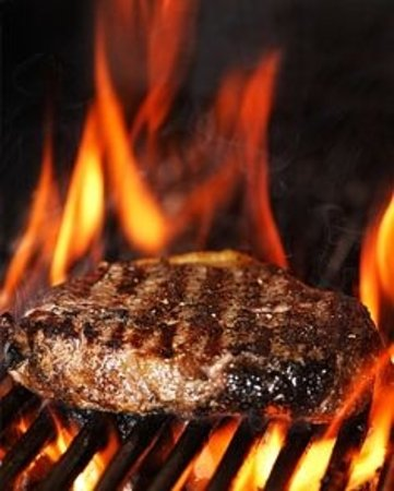 Inwood, WV: Steak Night every Wed & Friday $15 available every day
