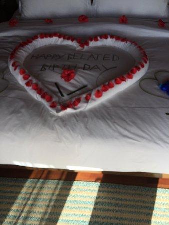 Anantara Dhigu MaldivesResort: Чудесный отель. Отдыхаю на Мальдивах уже десять лет подряд. Всегда выбираем разные отели. Но это