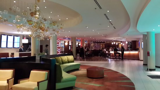 Miami Airport Marriott: Reception area