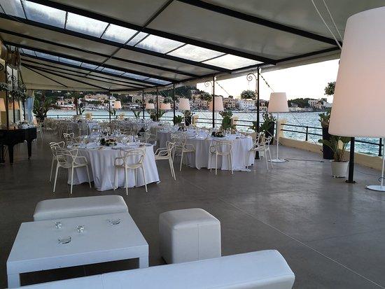 Il ristorante sul mare - Foto di Alle Terrazze, Mondello - TripAdvisor