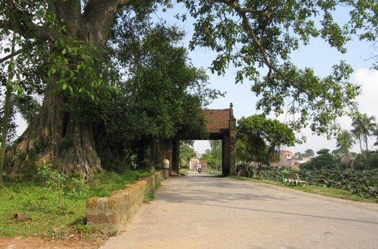 昼食付きのDuong Lam Villageツアーでの1日