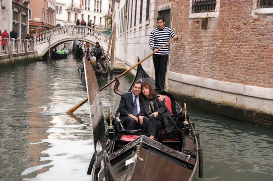 Fall in Love in Venice: Romantic...