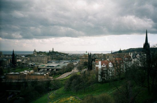 Edinburgh City Tour - The Paths of Inspirational Women