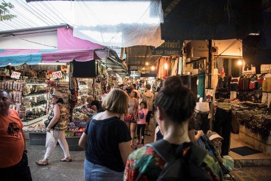 Phuket Town, Thailand: Fashion Area