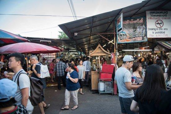 Phuket Town, Thailand: Fashion/Food Area