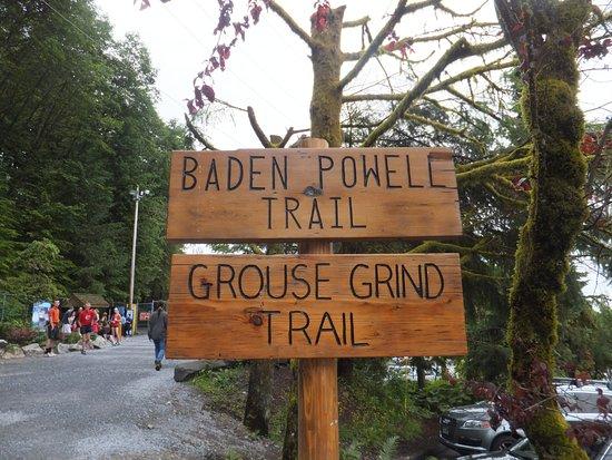 Grouse Mountain: لوحة ارشادات