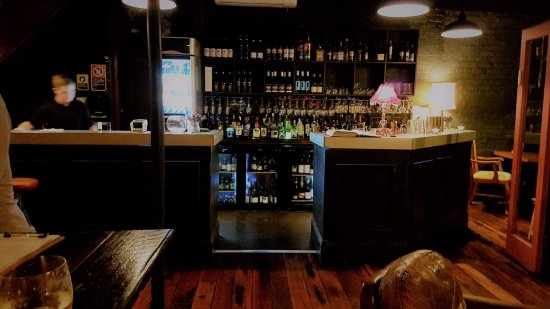 Maitland, Australia: Marmook & Poom Poom's Bar & Restaurant