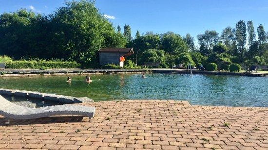 Gaufelden, Germany: Schönes Hotel mit tollem Badesee