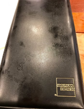 Woodhaven, MI: DISGUSTINGLY FILTHY TABLES--food hasn't been cleaned from here in a LONG TIME! Greasy zucchini f