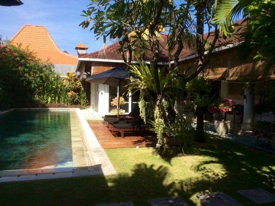 The Zen Villas: Huge private pool