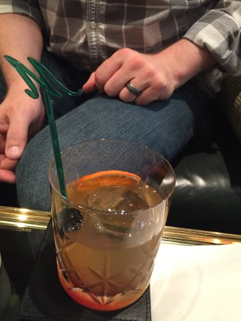 The Milestone Hotel: Smoked Old Fashioned