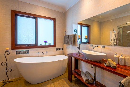 Willunga, Australia: The Retreat En-Suite bathroom