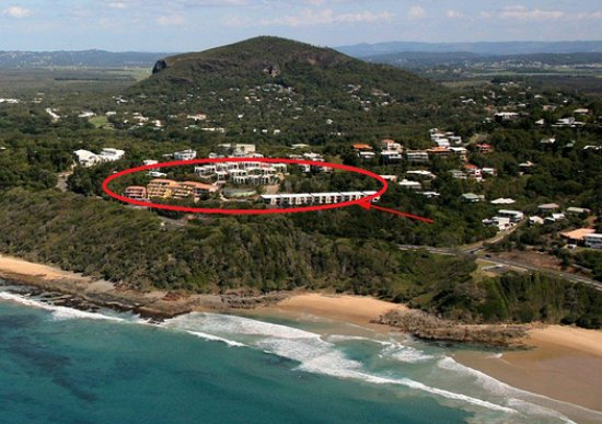 Coolum Beach, Australia: Aerial view of location of hotel