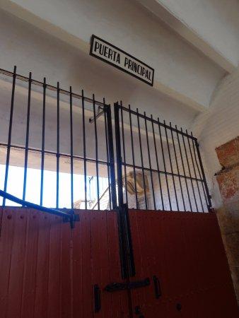 Plaza de Toros de la Maestranza: Gates