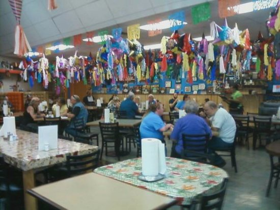 Grants Pass, OR: Plenty of indoor seating, especially for a large group of friends.