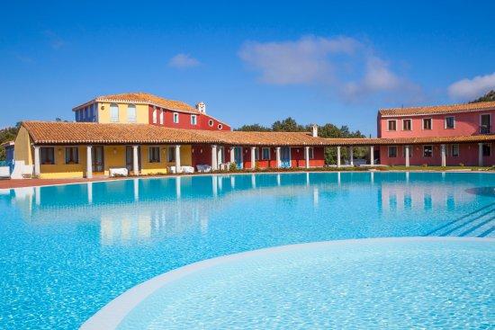 Villagrande Strisaili, İtalya: una terapia dell'habitat che all'Hotel Orlando si esprime attraverso l'architettura dell' edific