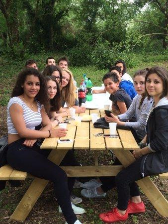 Avensan, França: Anniversaire Ados