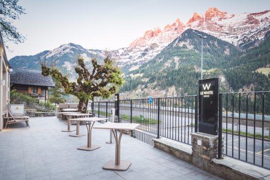 Champery, Szwajcaria: La vue de notre terrasse