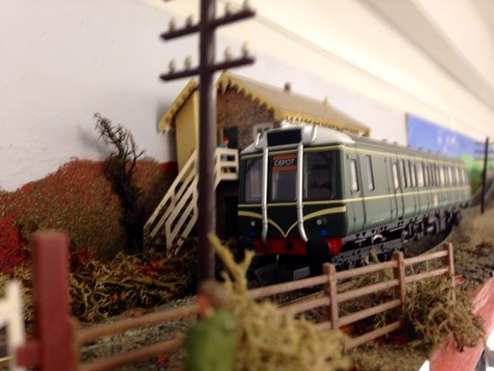 Ruislip, UK: A scene from the Turntable Tea Room OO gauge model railway.