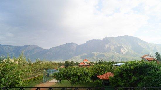 Entrance - Picture of Mountain View Hillside Resort, Masinagudi - Tripadvisor