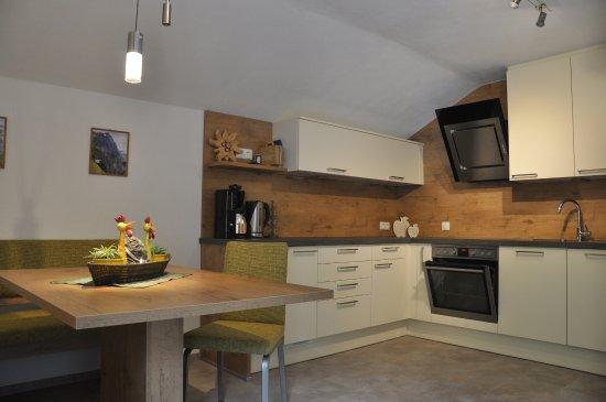 Appartements Ferienwohnungen Pfausler : Wohnküche Silberdistel