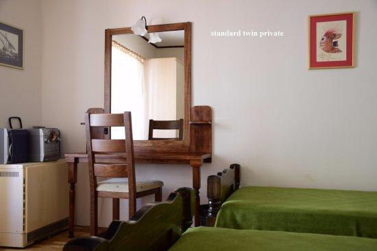 Kolega Guesthouse: standard twin private, shared bathroom