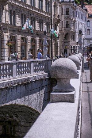 ทริเปิลบริดจ์: side bridge