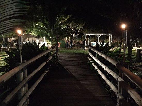 Grande Riviere Noire: Le Jardin du Frenchie la nuit