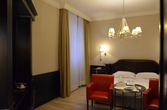 chambre avec lit king size - Picture of Relais Santa Croce ...