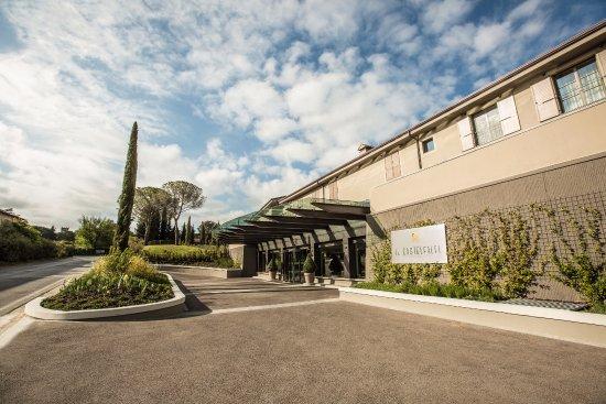 Montaione, Italia: Il Castelfalfi - TUI BLUE SELECTION | Hotel entrance