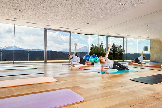 Yoga/ Pilates Room - Picture of Hotel Chalet Mirabell, Avelengo ...