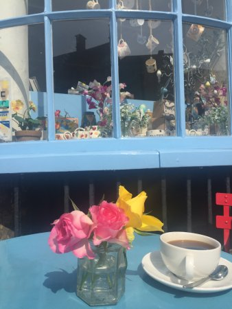 Chipping Norton, UK: Delicacy Deli and Coffee Shop in the heart of the Cotswolds