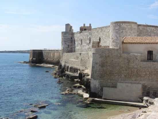 Castello Maniace: remparts