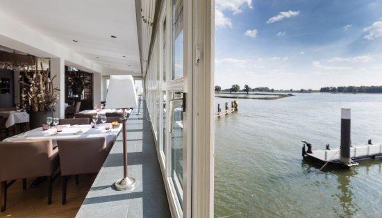 Restaurant Merwezicht: View